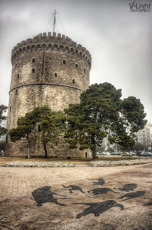 "The famous ""White Tower"" landmark of Thessaloniki, on a foggy day..."