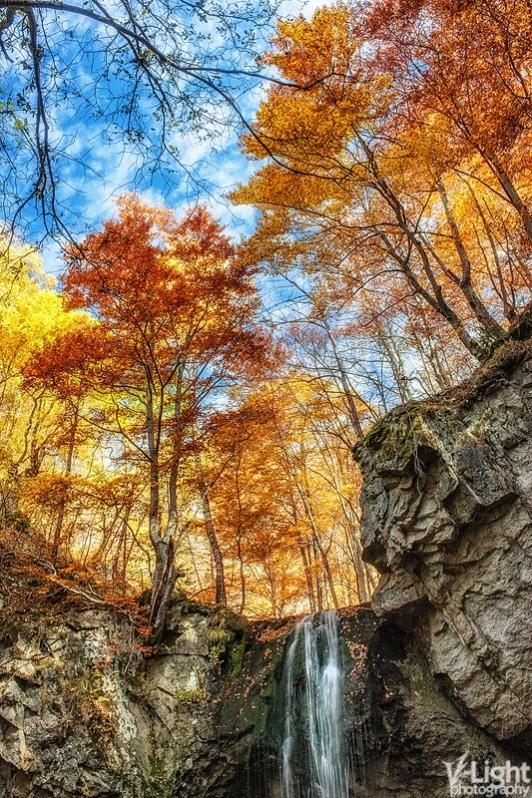 Little Waterfall II by V-Light
