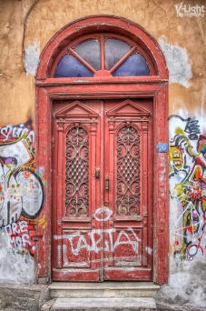 door to majesty by v-light