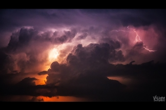 Birth of the Universe - A Thunderstorm by V-Light