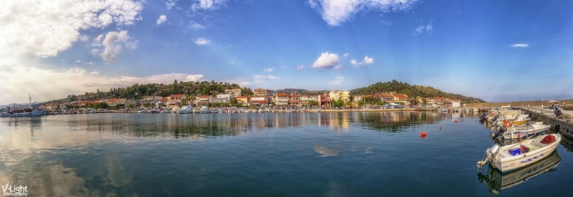 Skioni Port by V-Light